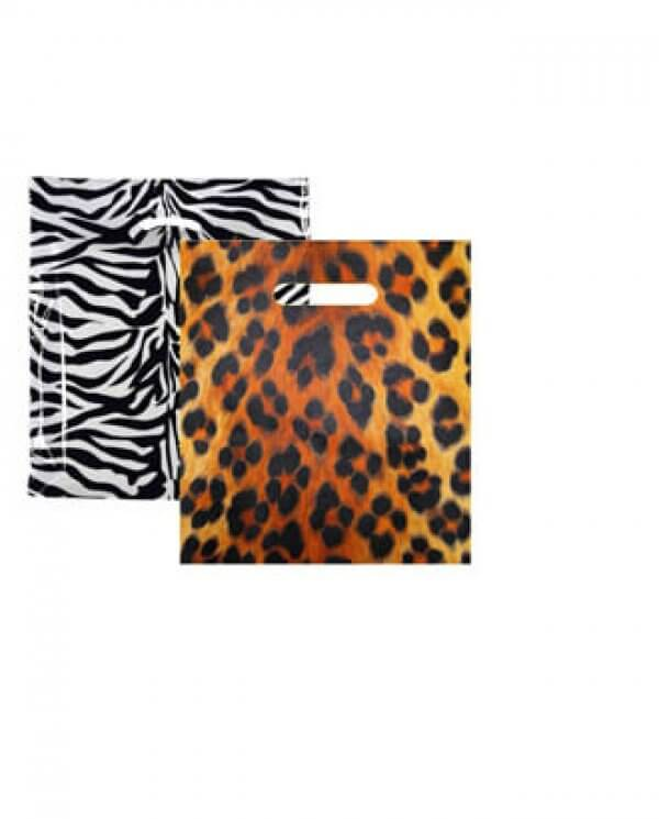 Mellem plastposer med leopard eller zebratryk