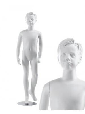 Drenge børnemannequin (9-10 år)