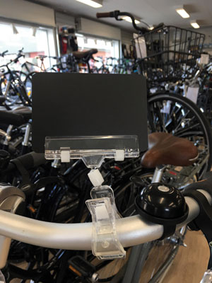 Clear-grip skilteholder på cykel